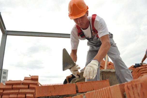фото работа каменщиком в Европе